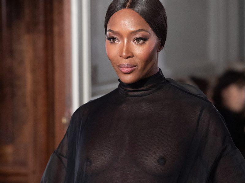 Наоми Кембъл е новото лице на Valentino