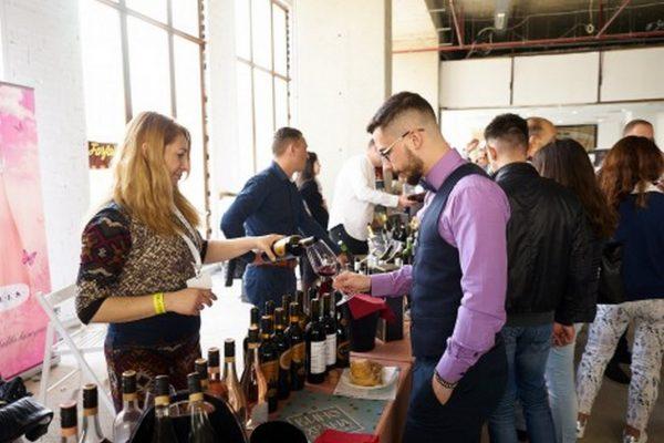 """Този уикенд """"Фестивал вино и храна"""" превръща Варна в гурме столицата на България"""