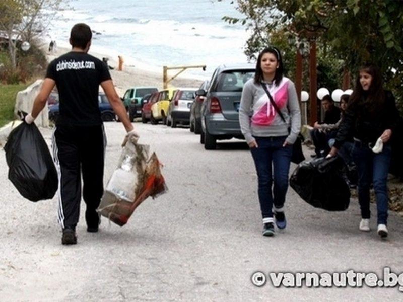 Пролетно почистване във Варна на 13 април