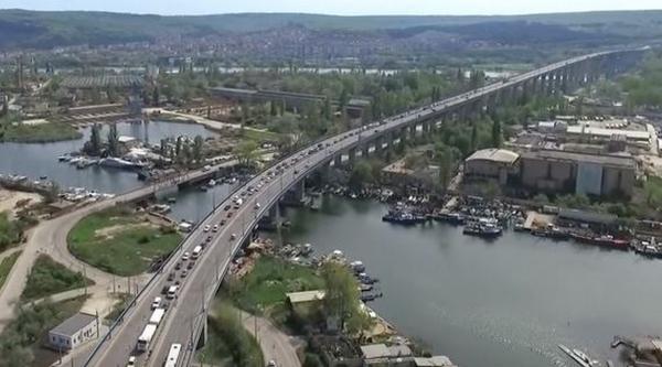 Ремонтът на Аспарухов мост се отлага за есента