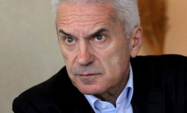 И Волен Сидеров поиска оставката на Лозан Панов: Да си прави партия!