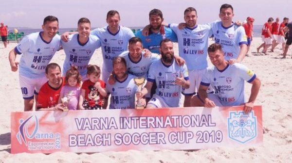 МФК Спартак завърши втори на международния турнир по плажен футбол във Варна