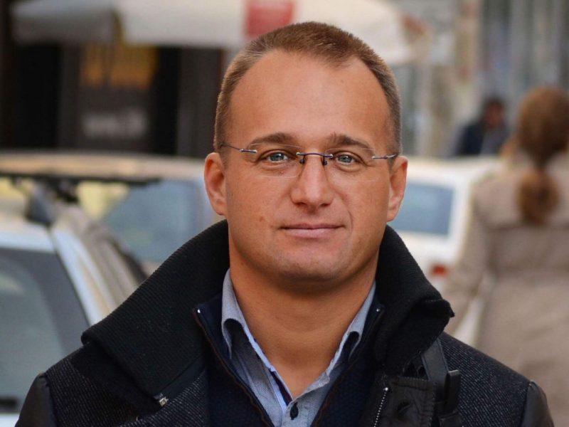 """Симеон Славчев: Няма да позволим Графа 2 пред """"Св. Александър Невски"""""""