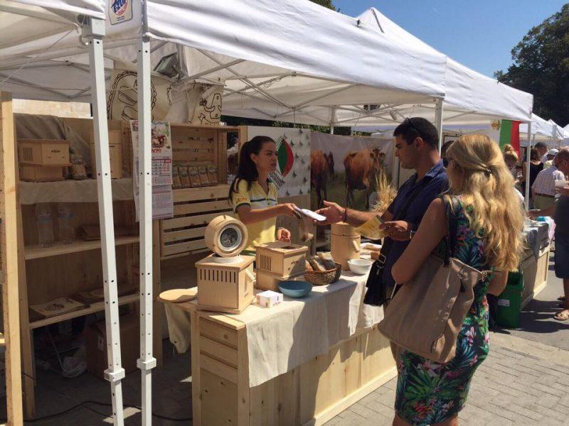 Пролетен фермерски пазар на открито очаква посетители