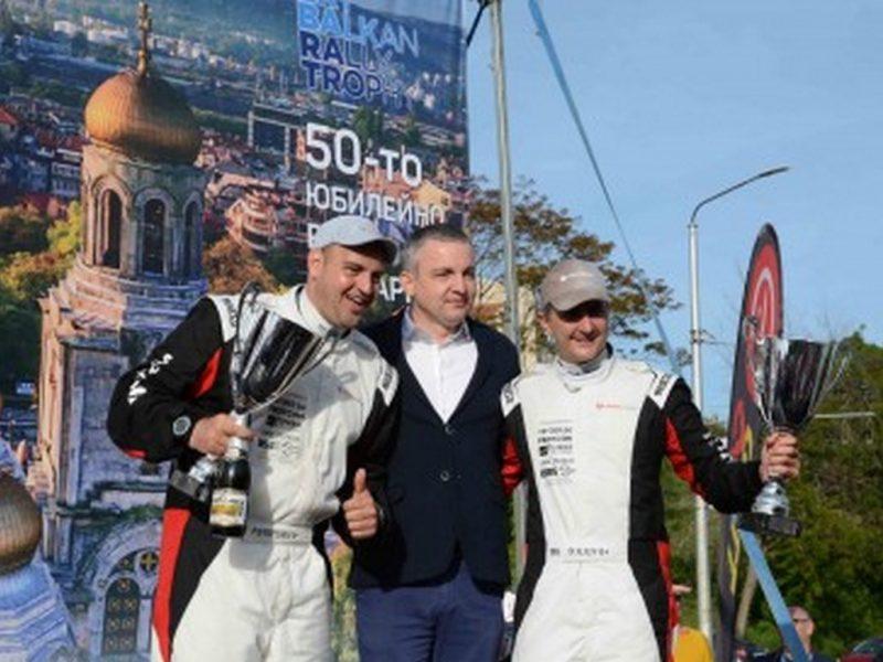 Димитър Илиев и Петър Стойчев спечелиха Рали България