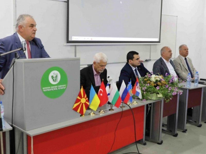 """ВСУ """"Черноризец Храбър"""" предлага създаването на научен консорциум с университети от балканските страни"""