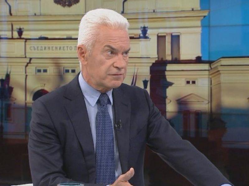 Волен Сидеров: Внасяме проект за анекс към договора със Северна Македония