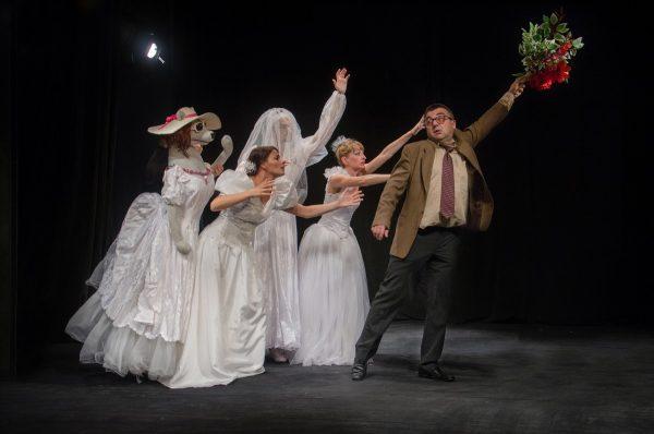 """""""Три диоптъра щастие"""" – на обновената лятна сцена на Кукления театър"""