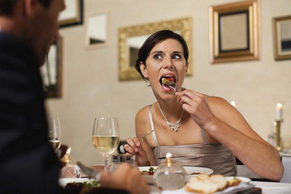 Когато излезеш на среща само заради безплатната храна…