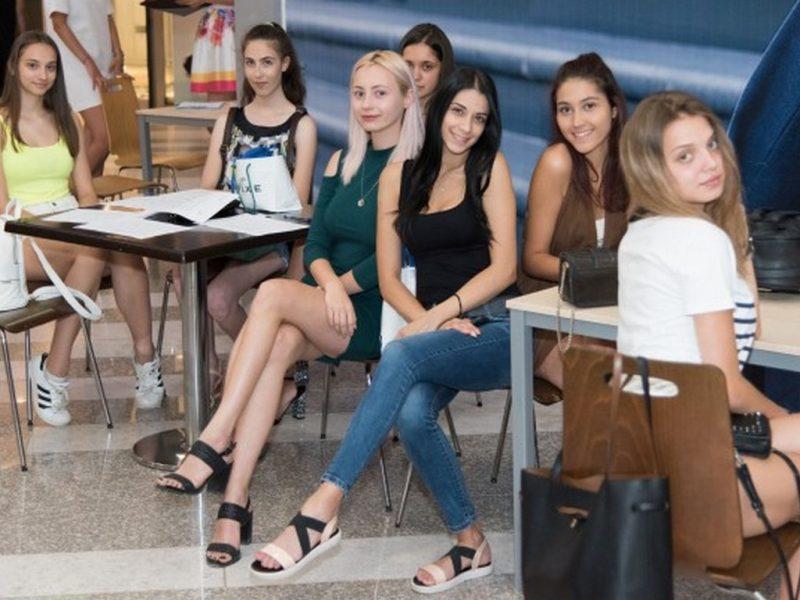 24 красавици се борят за короната на Мис Варна 2019