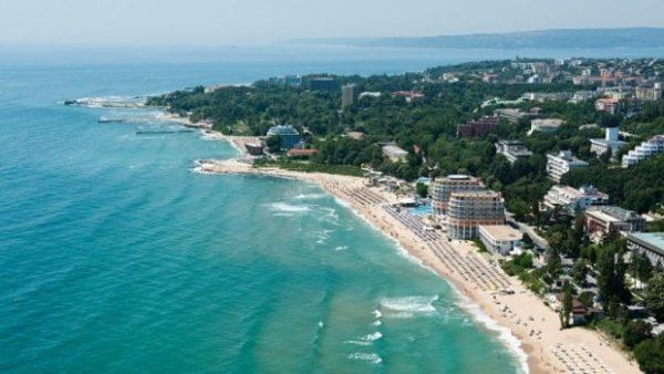 Изграждат първия изкуствен остров в морето край Варна