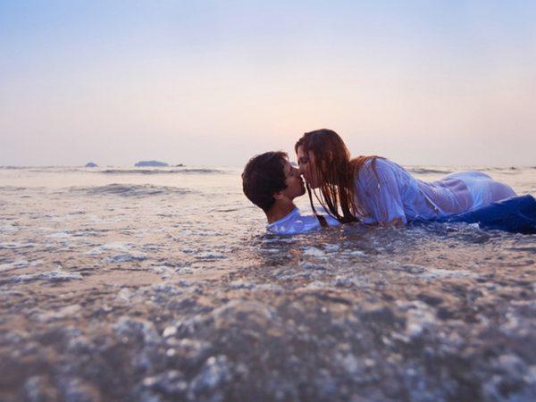 Как да превърнете летния флирт във връзка