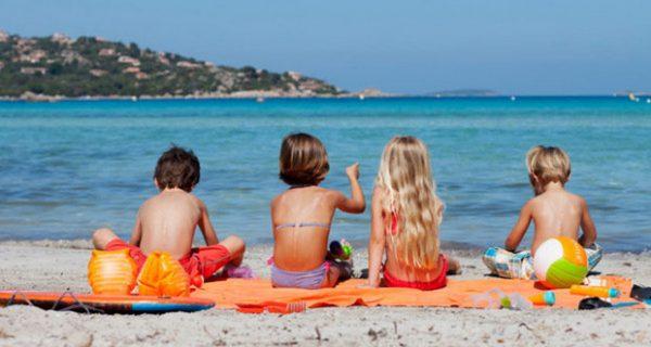 Децата на пряко слънце само 10 минути – иначе мозъкът прегрява