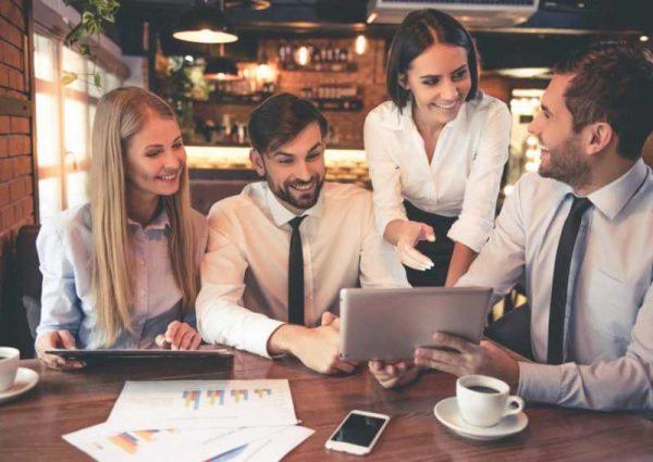 8 неща, които трябва да казвате по-често на вашите колеги