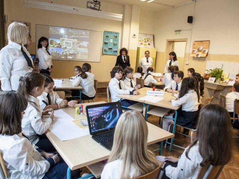 Варненско училище бе домакин на тридневна визита за обмен на идеи и иновативни практики