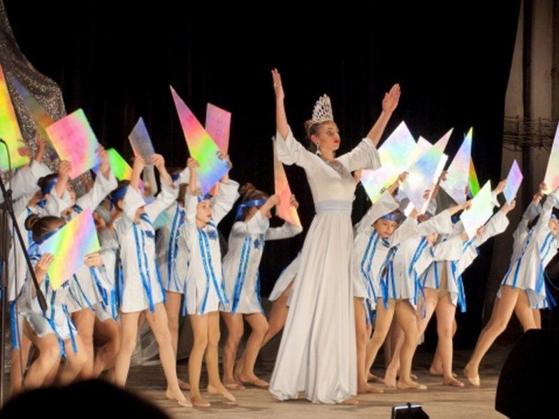 Коледен спектакъл се превърна в празник за владиславовци