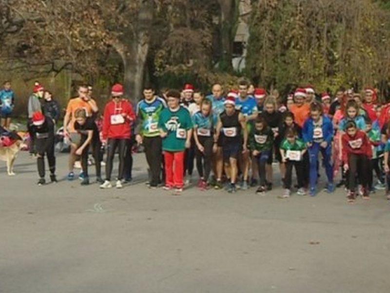 Рекорден брой участници в коледното щафетно бягане във Варна