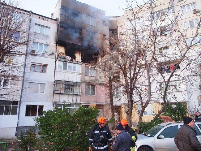 Отритнат от жена си психопат запалил блока във Варна: Убит съм! Намразих всичко!