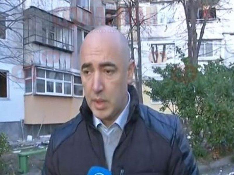 Пуснаха тока във взривения вход на бл. 302 във Владиславово
