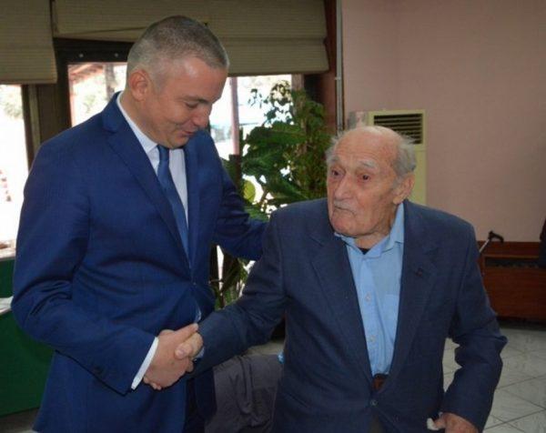 Кметът на Варна поздрави 104-годишния Димитър Спасов
