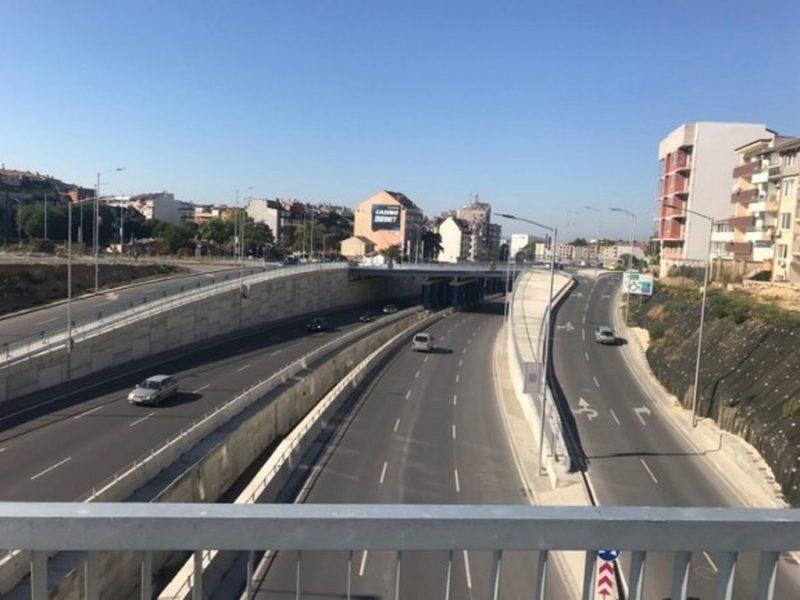 """Две """"детелини"""" на ключови места във Варна ще разтоварват трафика"""