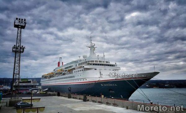 До десет големи туристически лайнери се очаква да пристигнат във Варна