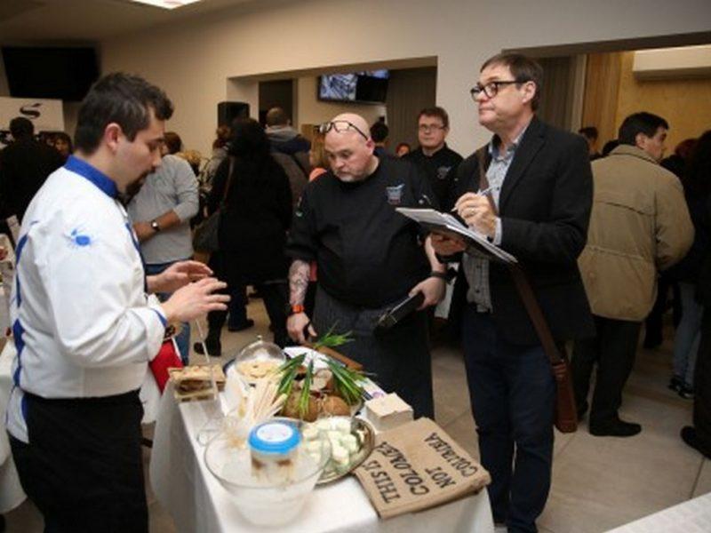 Студенти на ВУМ инициираха иновативно кулинарно изложение във Варна