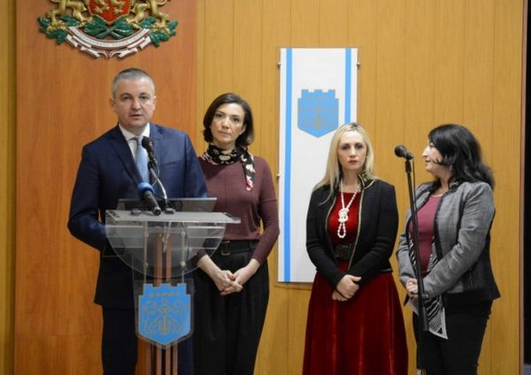 Чартърни полети от Варна до Тбилиси започват тази година, интерес за сътрудничество от Дурас