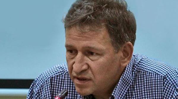 Д-р Стойчо Кацаров: Има нещо гнило в тази пандемия