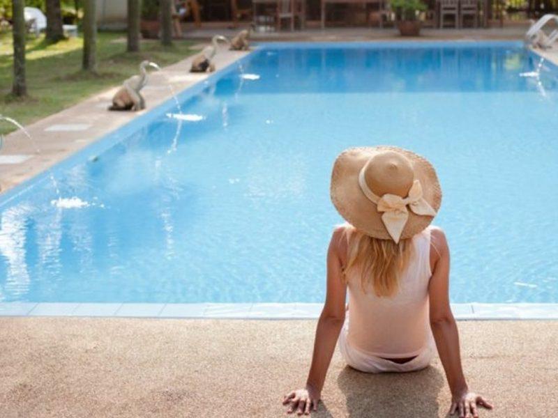 """Да """"скучаеш"""" в луксозно имение – богатите и известните по време на изолация"""