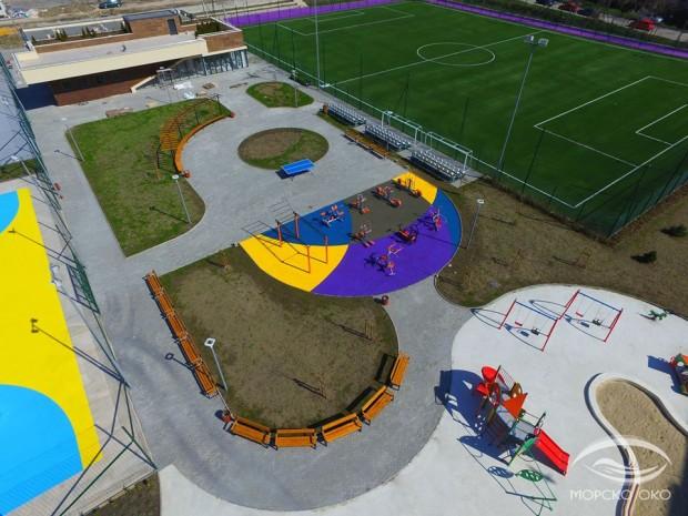 """Новият спортен комплекс на ул. """"Студентска"""" е готов"""