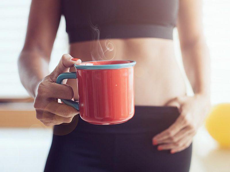Кафето преди тренировка помага да топим мазнини. Вярно ли е?