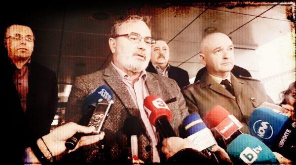 Националният здравен инспектор д-р АнгелКунчев: Не бързайте да отменяте резервациите за море