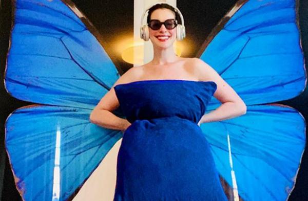 И Ан Хатауей опита домашните модни експерименти
