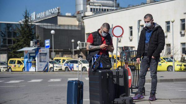 Отменена е забраната за полети между Великобритания и България