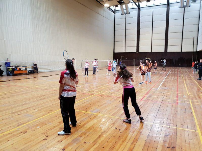 От днес се разрешават колективните спортни занимания на закрито