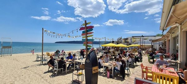 Варна – животът продължава (СНИМКИ)