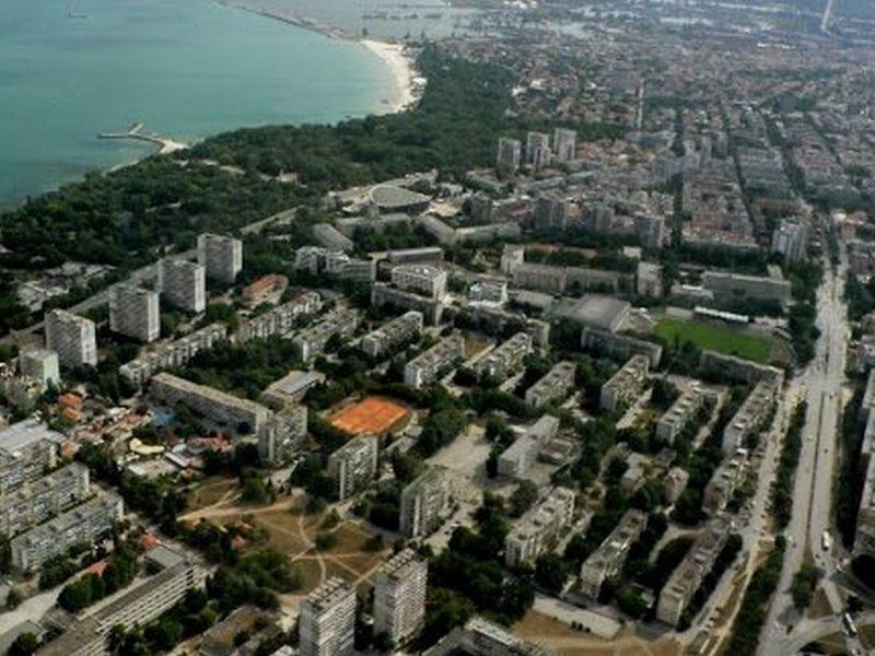 """НСИ: 21 областни града са по-малки от варненския район """"Приморски"""""""