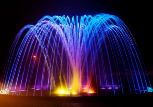 Днес пускат фонтаните във Варна