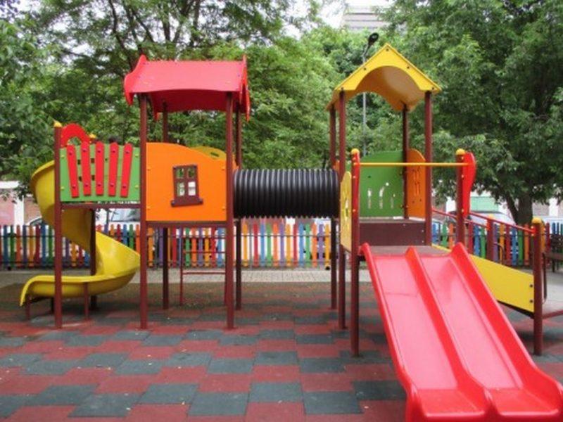 """В кв.""""Чайка"""" искат да се демонтира детска площадка – била като питейно заведение"""