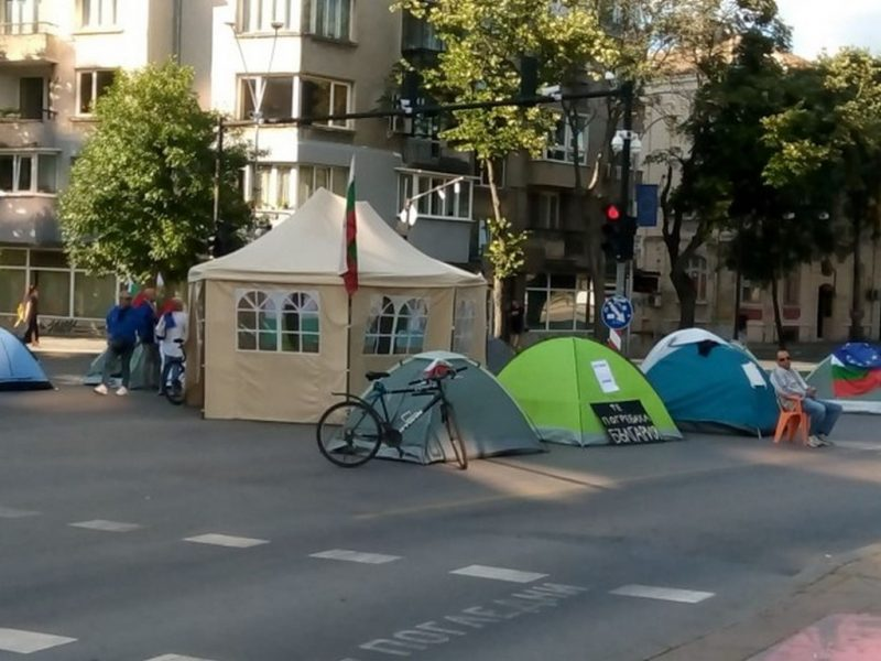 Туристическият бранш скочи срещу блокадата на Варна от протестиращите, търсят съдействие от кмета