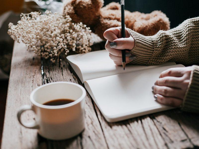 5 начина воденето на дневник да ви помага в любовта и живота