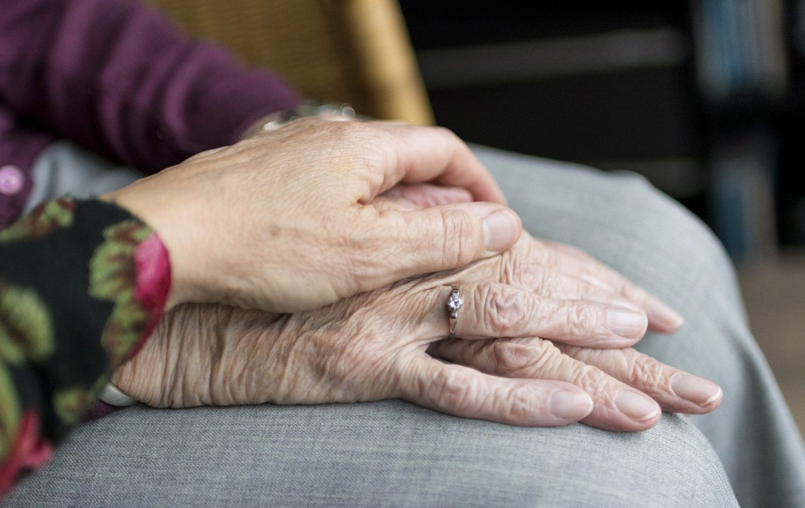 709 варненци се обслужват по проект за допълнителна патронажна грижа
