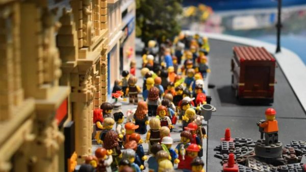 Големите компании за играчки казват сбогом на пластмасата