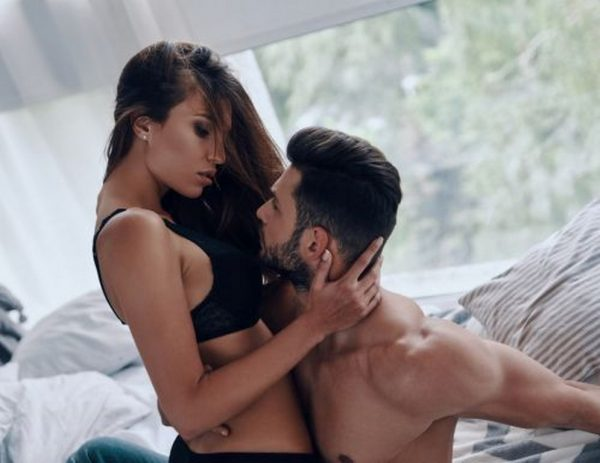 5 секс пози за двойки с дълги връзки