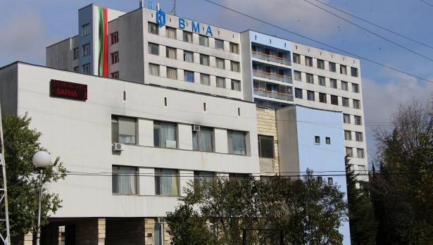 Бойни санитари помагат във Военна болница – Варна