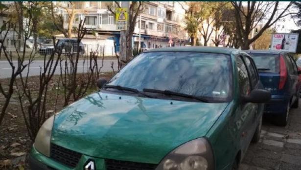Потърпевши: Община Варна прекалява! Глобяват масово за паркиране пред блока в широк център