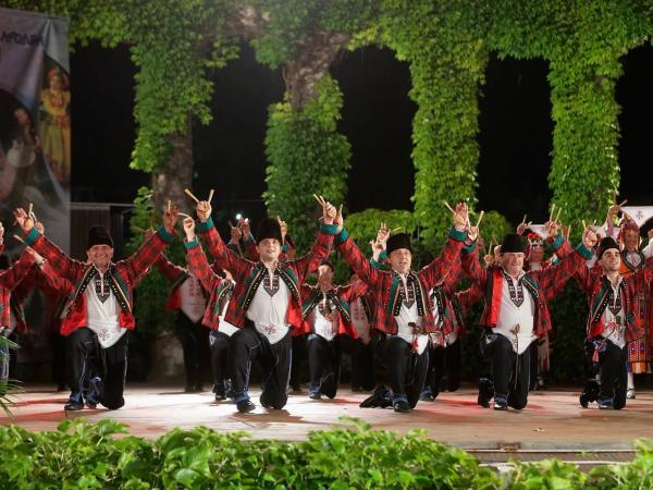 """Ансамбъл """"Варна"""" с юбилеен концерт на 21.11 в Двореца на културата и спорта"""