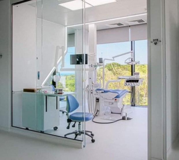 Иван Портних: Варна е притегателен международен център за целогодишен медицински и дентален туризъм