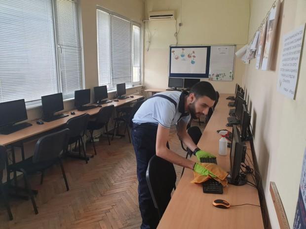 Детските градини и училища във Варна се превръщат в зона защитена от вируси